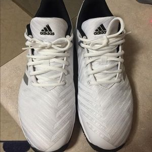 Men's adidas barricade tennis shoes size 10.5